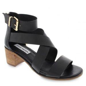 {STEVE MADDEN} Roselba Sandals